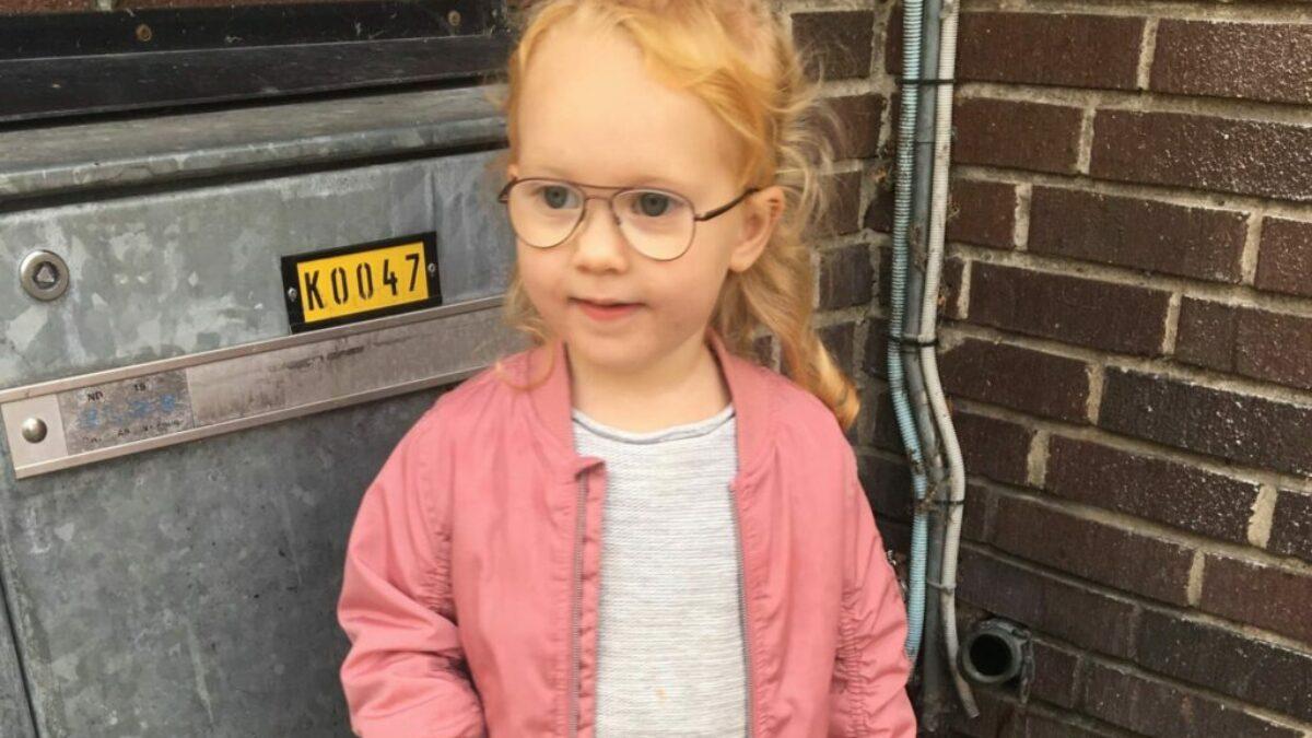 När ens två åring behöver glasögon